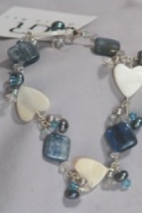 bracelet-kyanitemother-of-p